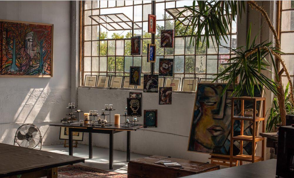 its all beautiful studio